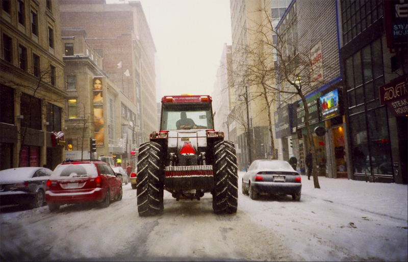 Tractor_in_town